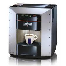 macchina caffe lavazza con montalatte