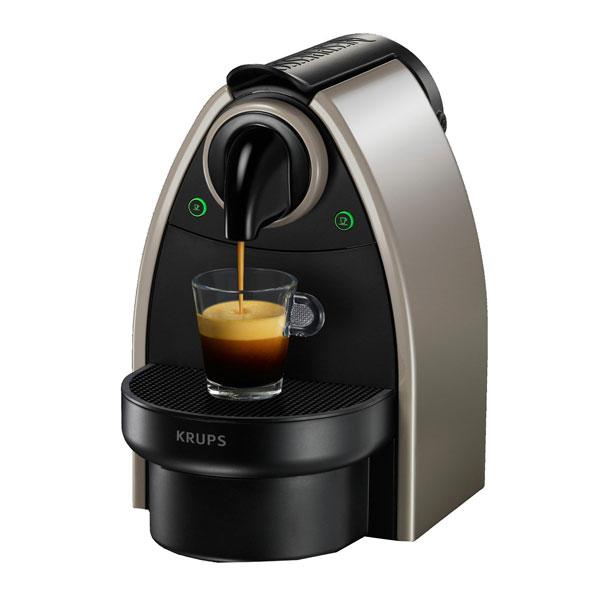 Macchina caffe nespresso arancione tra i più venduti su Amazon
